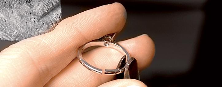 Увеличение размера обручального кольца